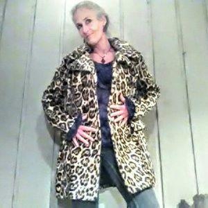 Jackets & Blazers - Vintage Faux leopard fur coat and matching hat
